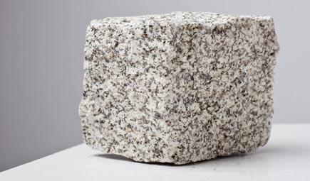 Minera de roca gris alba for Que es el granito